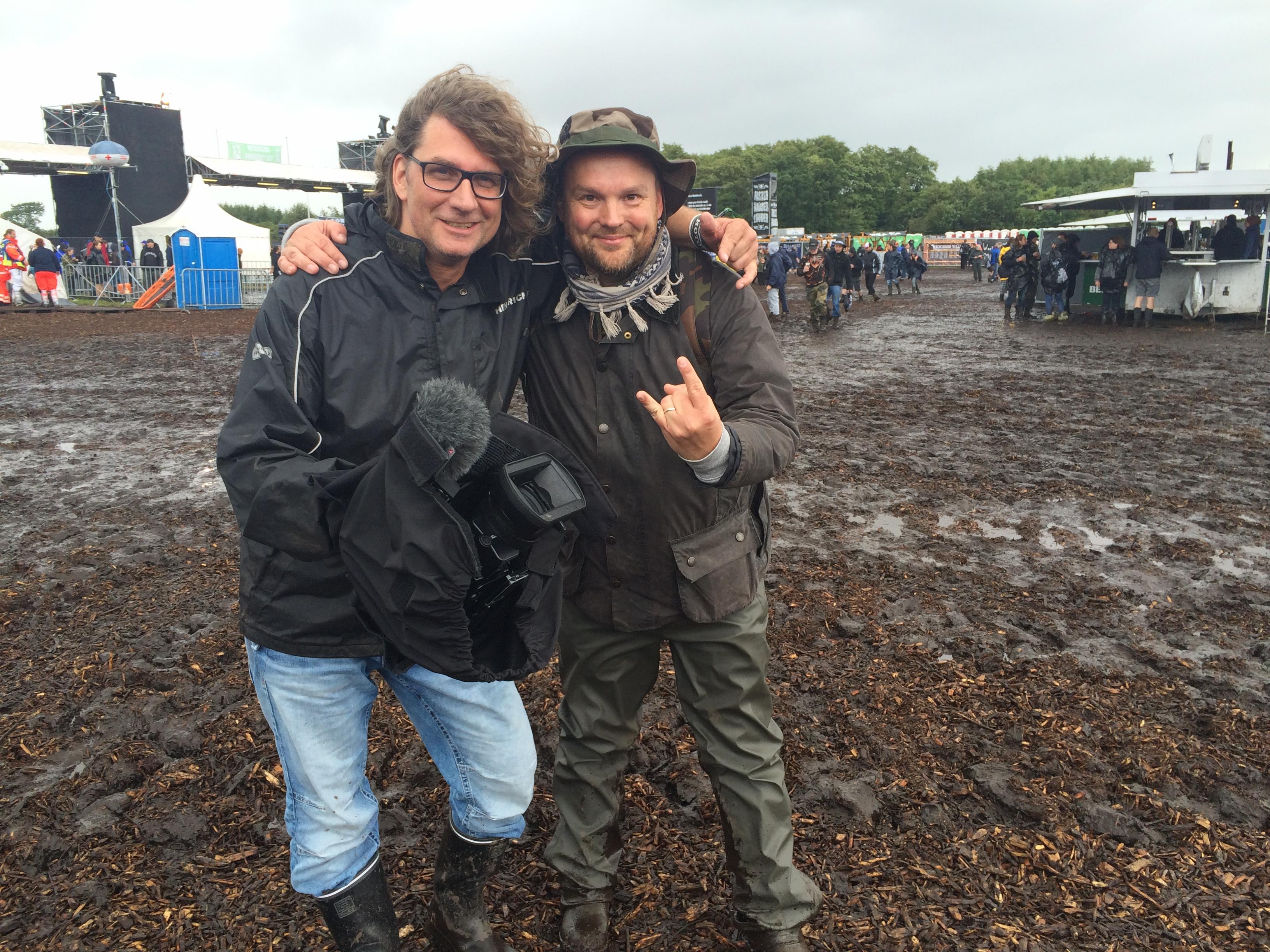 Christoph und Mikko im Schlamm